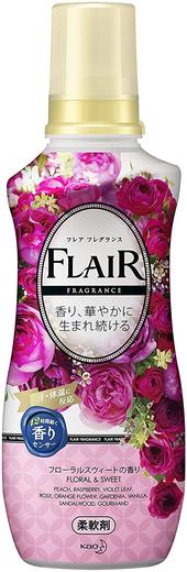 Kao Fragrance Flair Dressy & Berry кондиционер для белья с антибактериальным эффектом (570 мл)